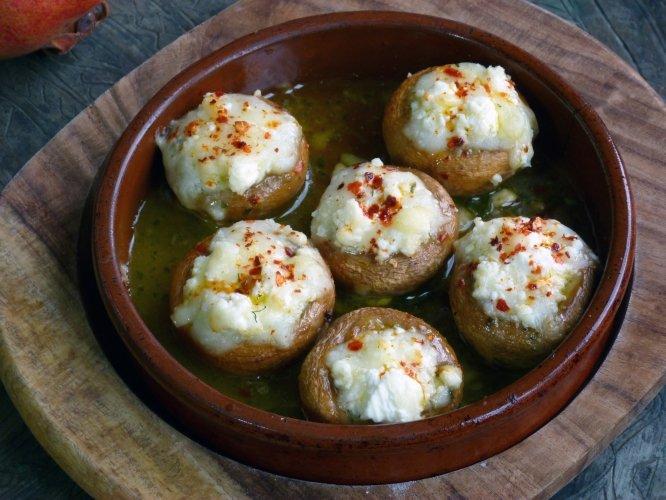 Mashroom-with-cheese-georgian-cuisine